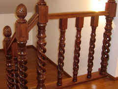 Spiral Newel with Carved Head SNCH